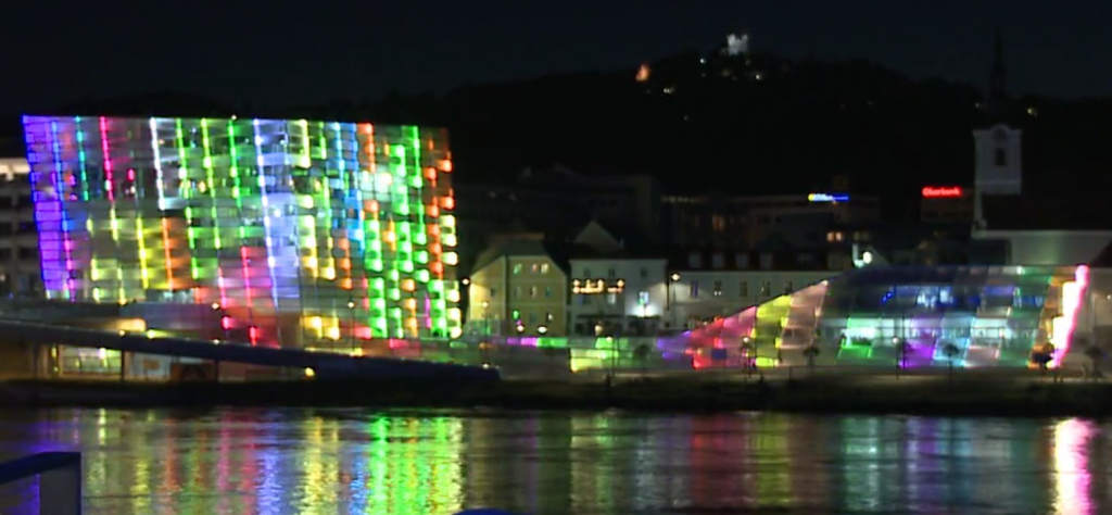 Ars Electronica Center Façade Visualization
